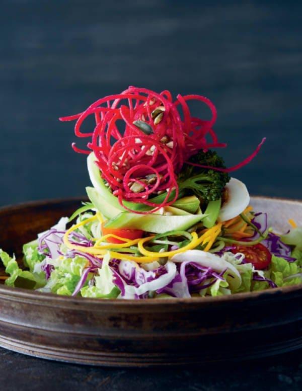 big raw salad summer salads tasty salads clean eating healthy eating Image courtesy of COMO Shambhala Cuisine