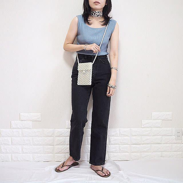 ビーチサンダルの履き方(コーデ・服装)/デニムパンツ