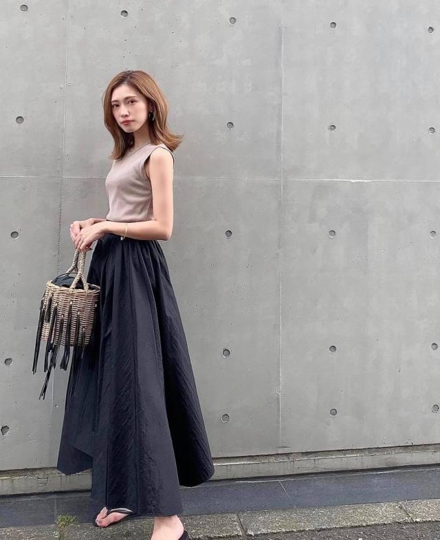 ビーチサンダルの履き方(コーデ・服装)/フェミニン