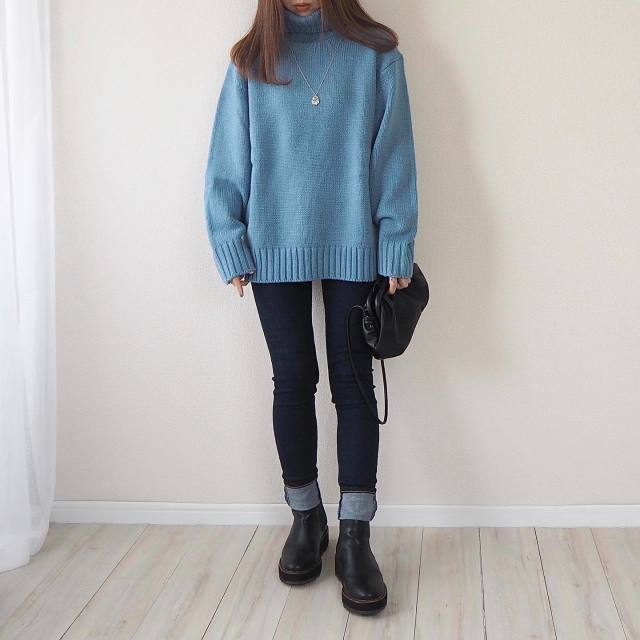 「全身GUコーデ」集めました! おしゃれさんの高見えプチプラコーデ5選/「キレイ色のタートルネックセーター」で冬コーデにインパクトをON