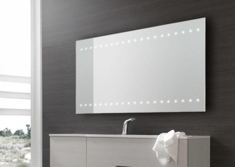 specchio led arredo bagno