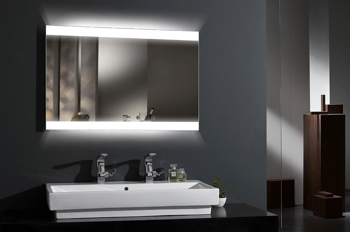 specchi led bagno design e tecnologia