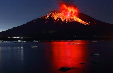 Sakurajima - @ Takehito Miyatake