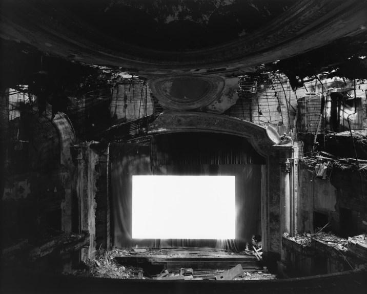 Theaters - © Hiroshi Sugimoto