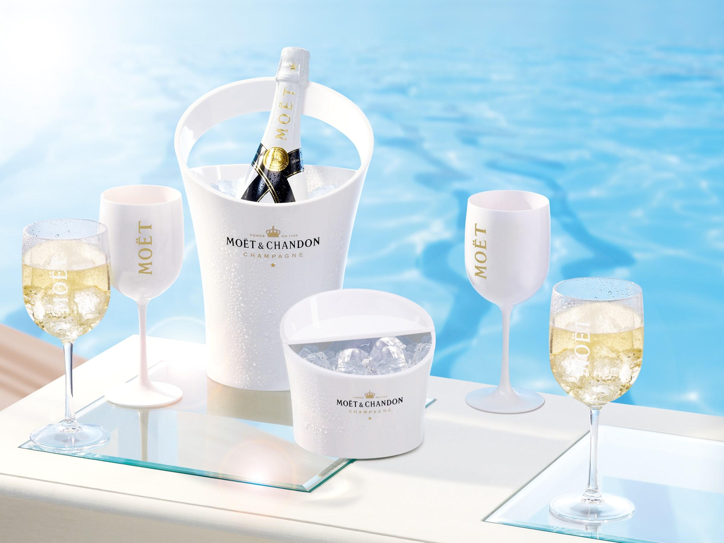 Champagne à déguster avec des glaçons