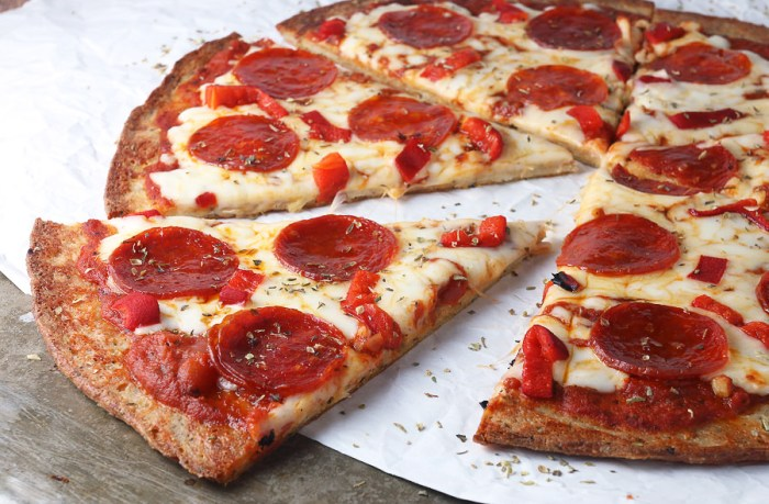 Pepperoni Pizza @ Paisano's (Central location) | foodpanda Magazine