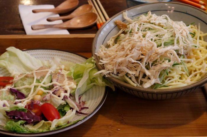 scool-cafe-salad