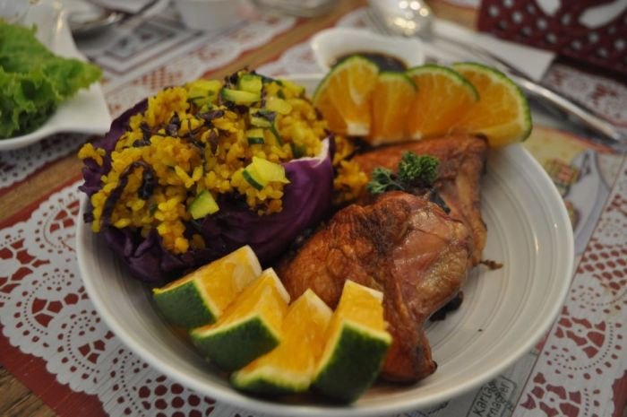 Dalandan Chicken with Turmeric Rice