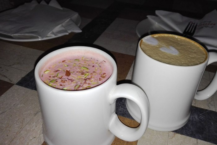 kashmiri-chaye-and-cafe-latte