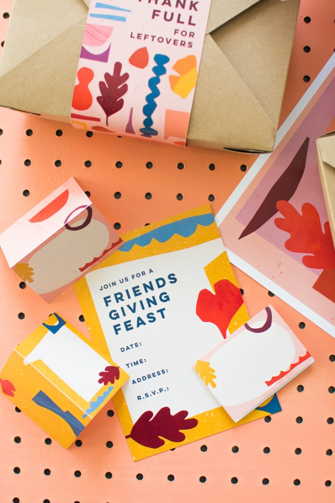 Printable-Friends-Giving - living coral trend color of the year 2019 in graphic design (1)