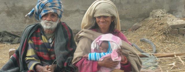 Contadino indiano diventa padre a 96 anni