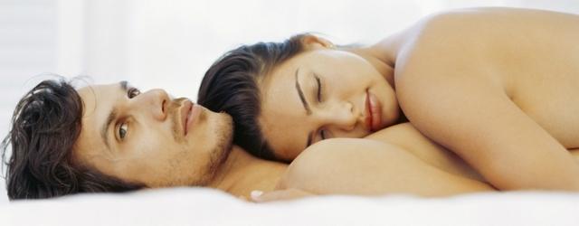 Dormire nudi è un toccasana per l'amore e la salute