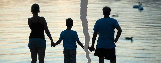 Genitori separati si fingono malati per evitare le vacanze