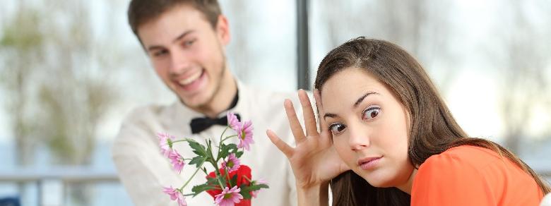 Gli uomini fraintendono l'interesse di una donna col suo consenso
