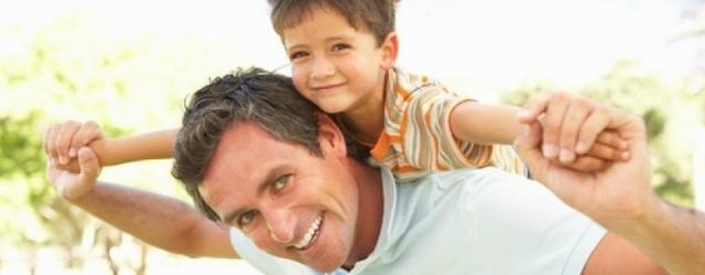 Grandi manager e padri impeccabili: è possibile conciliare carriera e paternità?
