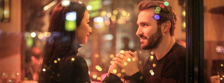 Relazione di coppia: meglio idealizzare il partner o no?
