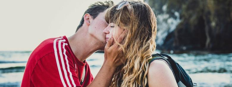 Relazioni: come capire se è flirt estivo o qualcosa di più