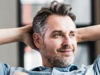 Uomo: perché alle donne piacciono i capelli brizzolati?