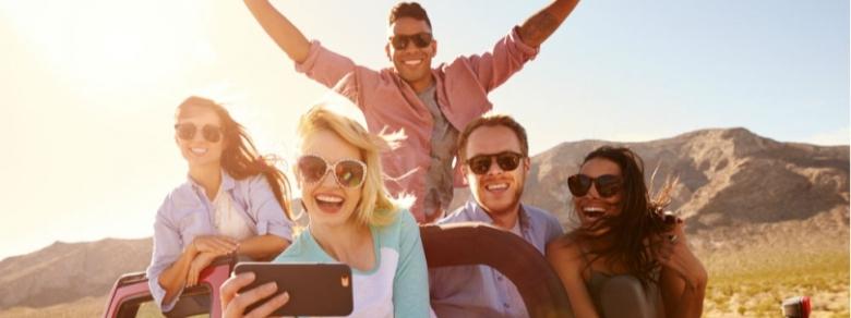 Viaggi: sempre più low cost per i single