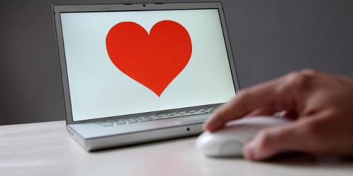 come dimenticare un amore virtuale