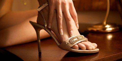 Piedi Femminili: 14 Maliziosissimi Esempi di Feticismo dei Piedi