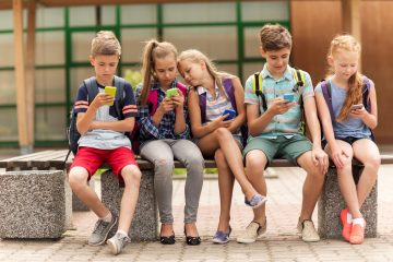 We Use Smartphones as Learning Tools