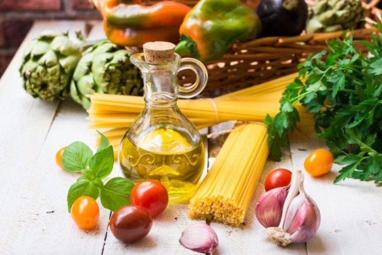 L'olio e la Dieta Mediterranea - OlivYou Magazine