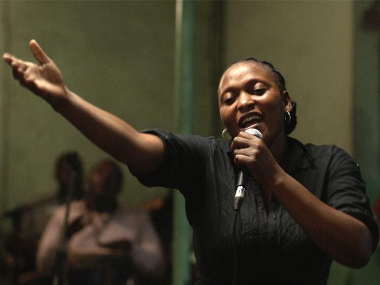 Vero Tshanda Beya as Félicité
