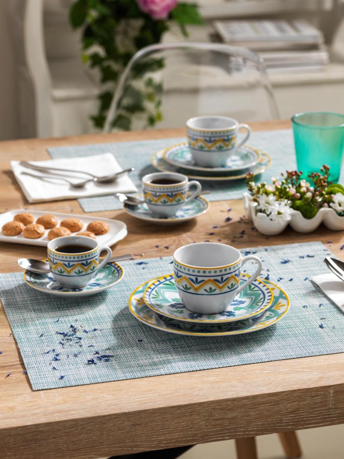 Linea Olimpia Alhambra Tognana - Set caffè con tazzine in porcellana azzurra, blu, gialla e bianca