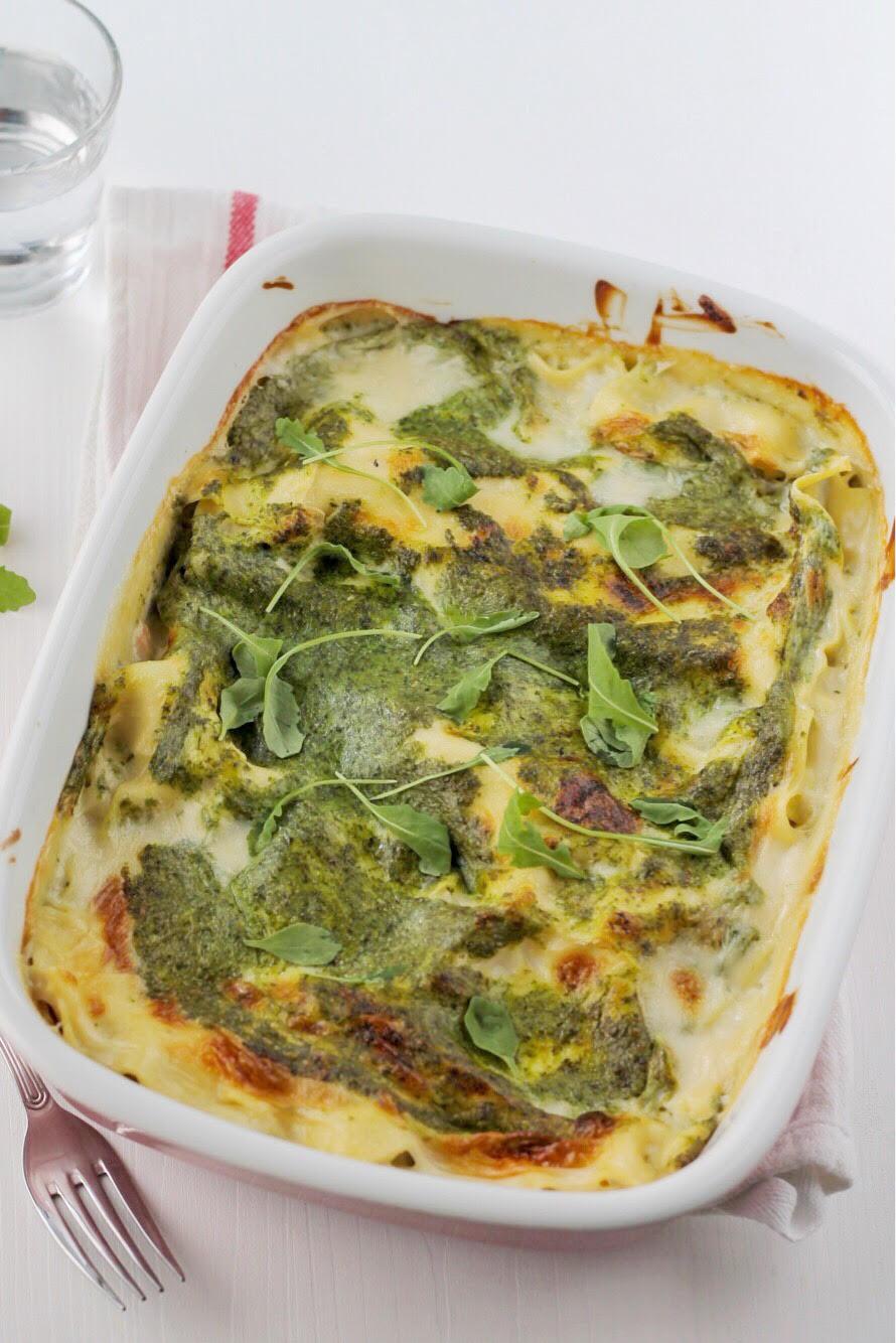 lasagne con crema di rucola, besciamella e salmone - ricetta tognana