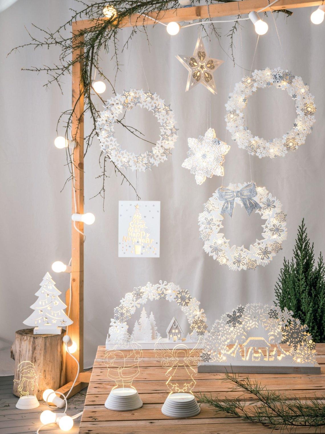 come decorare la casa per natale - ghirlande natalizie