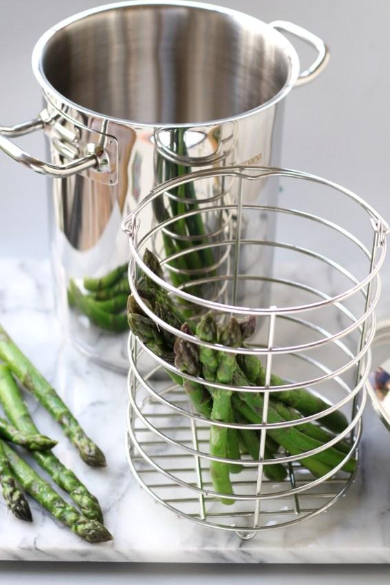 Asparagera per la cottura degli asparagi