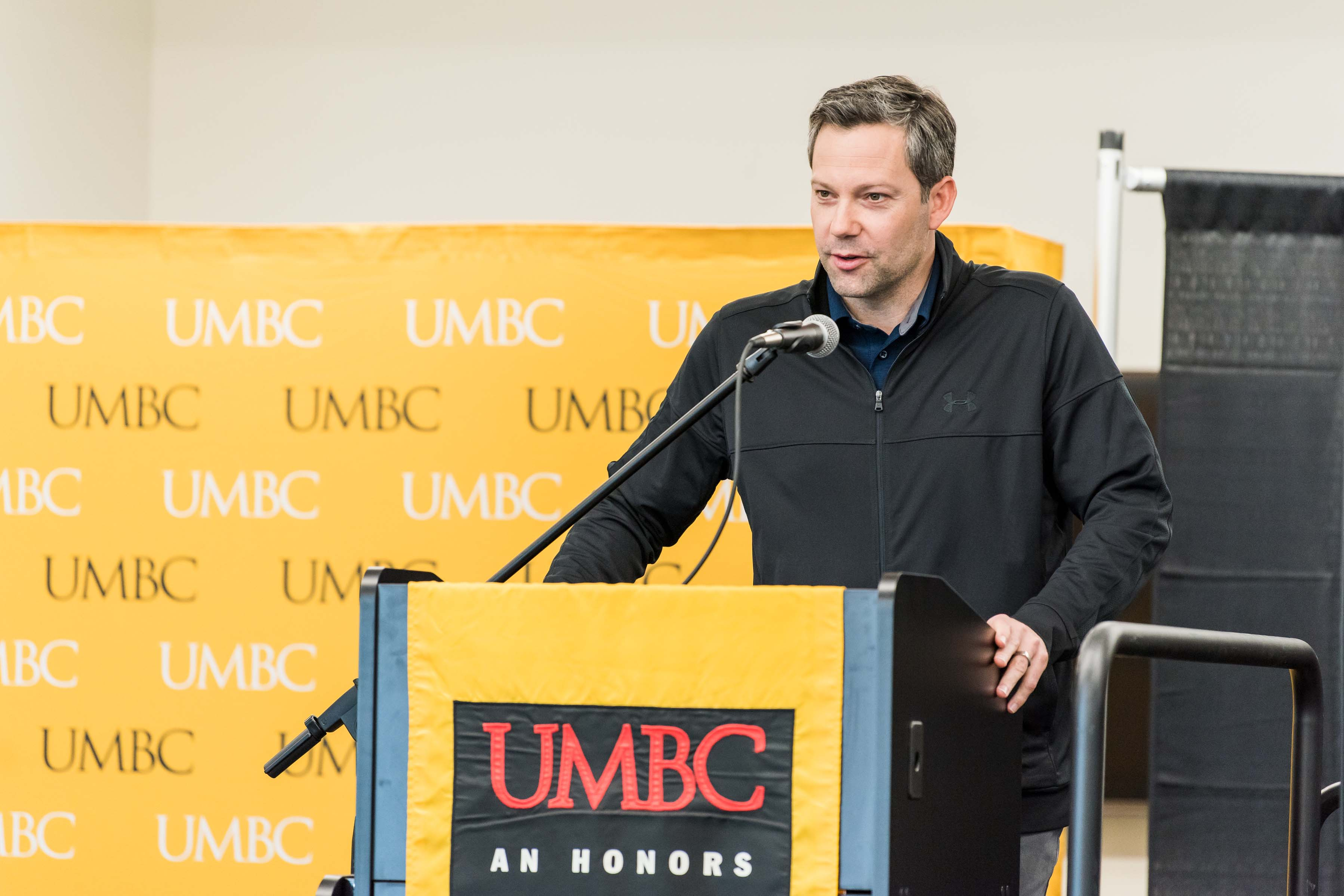 UMBC men's basketball coach gives speech at Wisdom Institute lunch