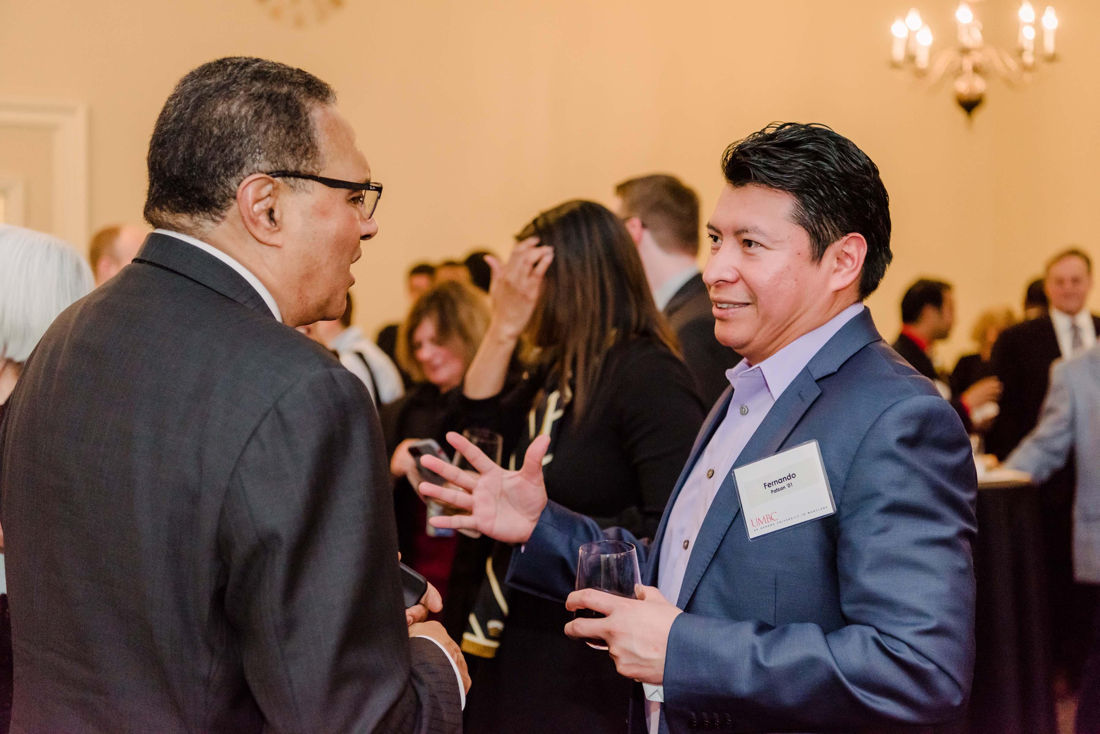Hrabowski talks to other alumni at Annapolis Alumni reception