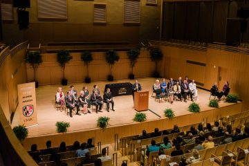 President Hrabowski talks at the alumni awards