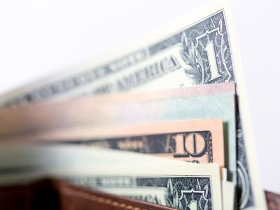 株式、先物取引、外貨預金、外貨MMF…初心者向けの金融商品とは?