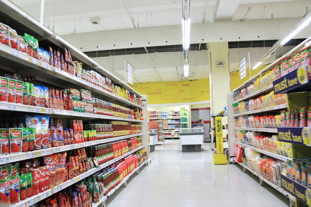 行列はもう怖くない?スーパーで一番進みの早いレジを見つける方法