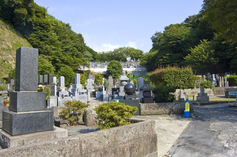 お墓を持たない永代供養が注目。後継者の心配や金額面の不安も解消