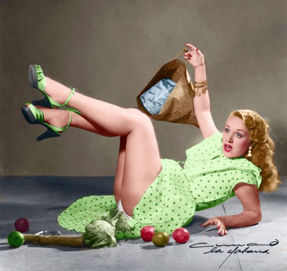 Original photo 'Rosita Fornés and the product spilled', promotional photo session, Havana, 1947. Credit: Armand Studios (Armando Hernández López).