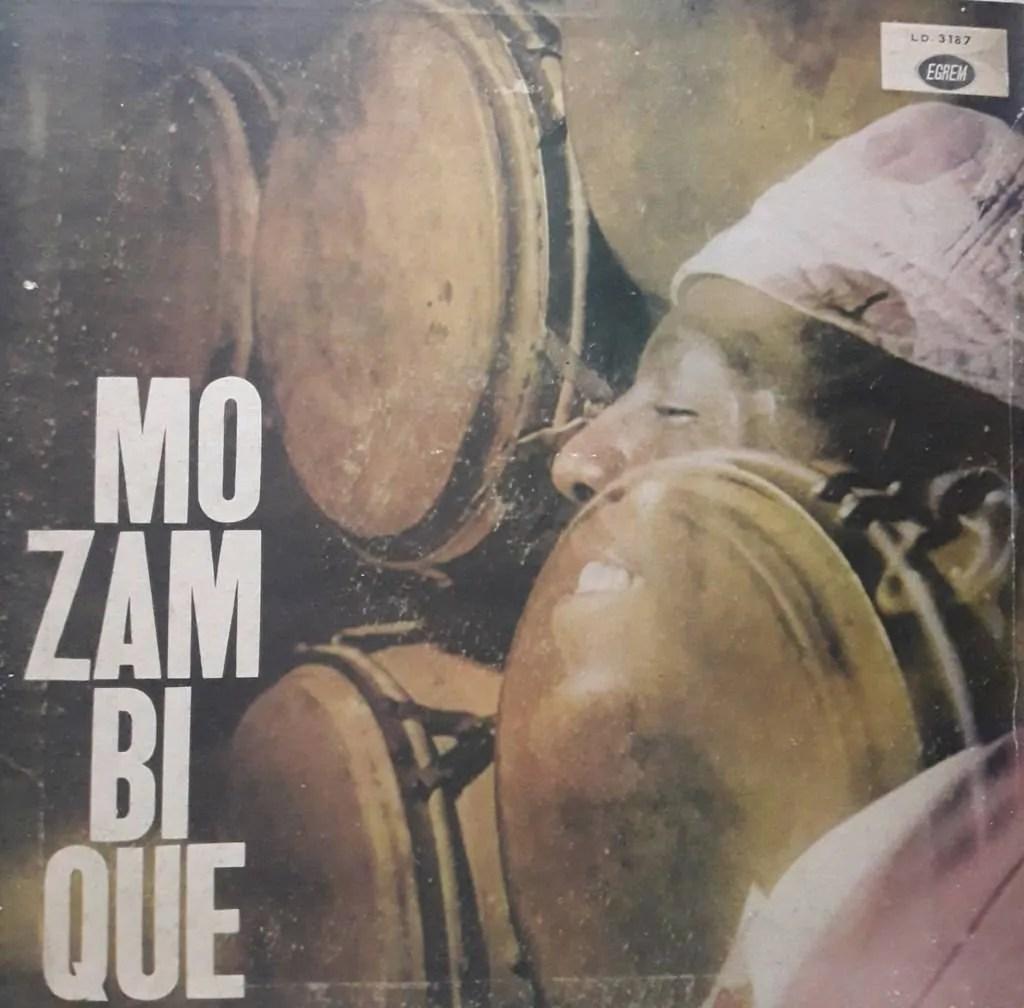 Portada del álbum Mozambique.