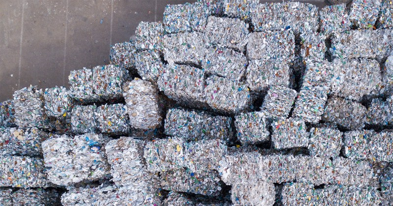 Usine de déchets de plastiques