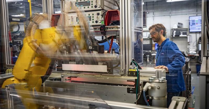 Les batteries fabriquées à l'usine de Boucherville de Blue Solutions sont essentiellement destinées aux autobus électriques eCitaro de Mercedes.