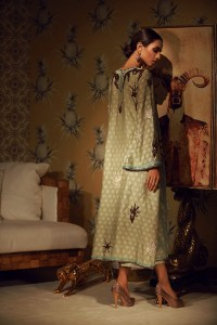 NARGIS LUXURY FESTIVE COLLECTION BY TENA DURRANI (5)