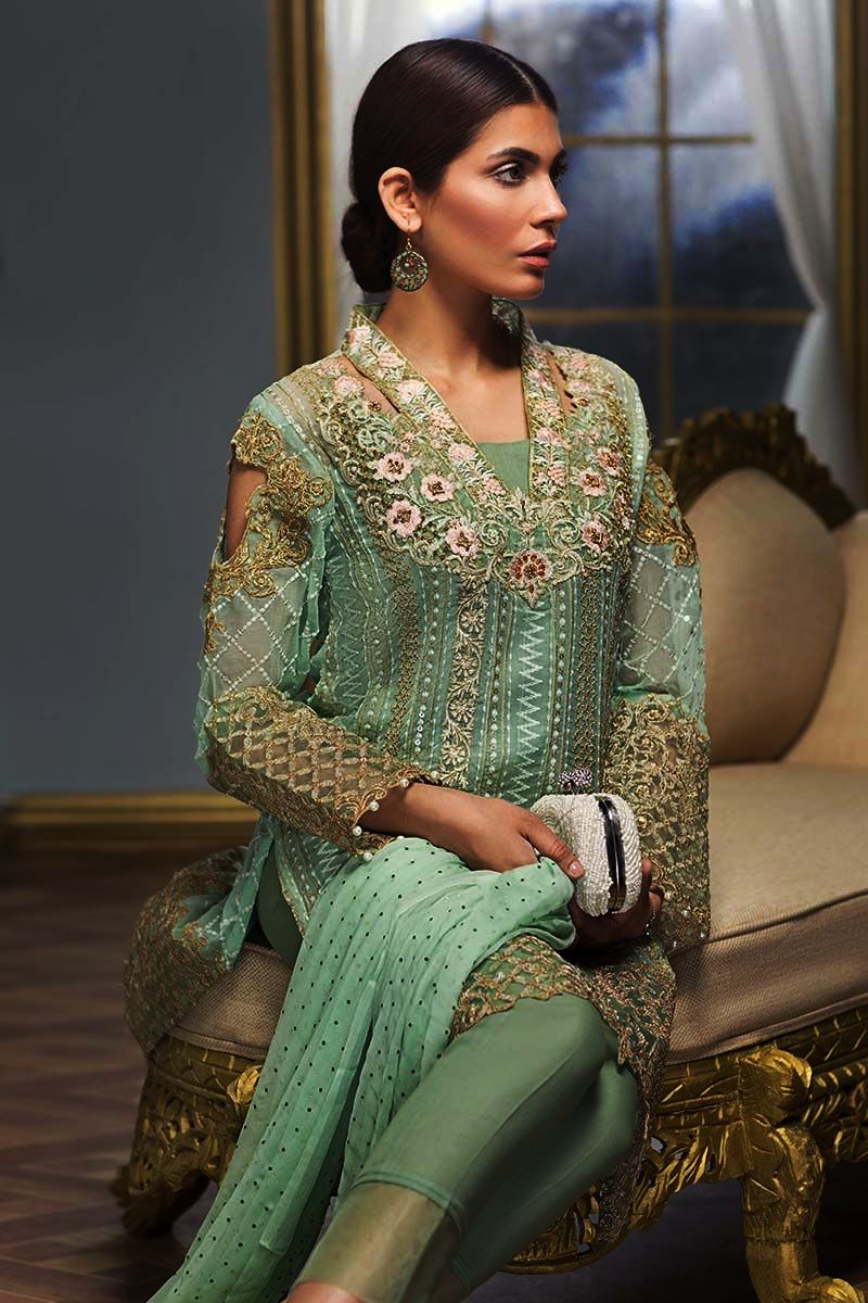 Gul Ahmed Luxury Eid Festival Dresses 2018 (1)