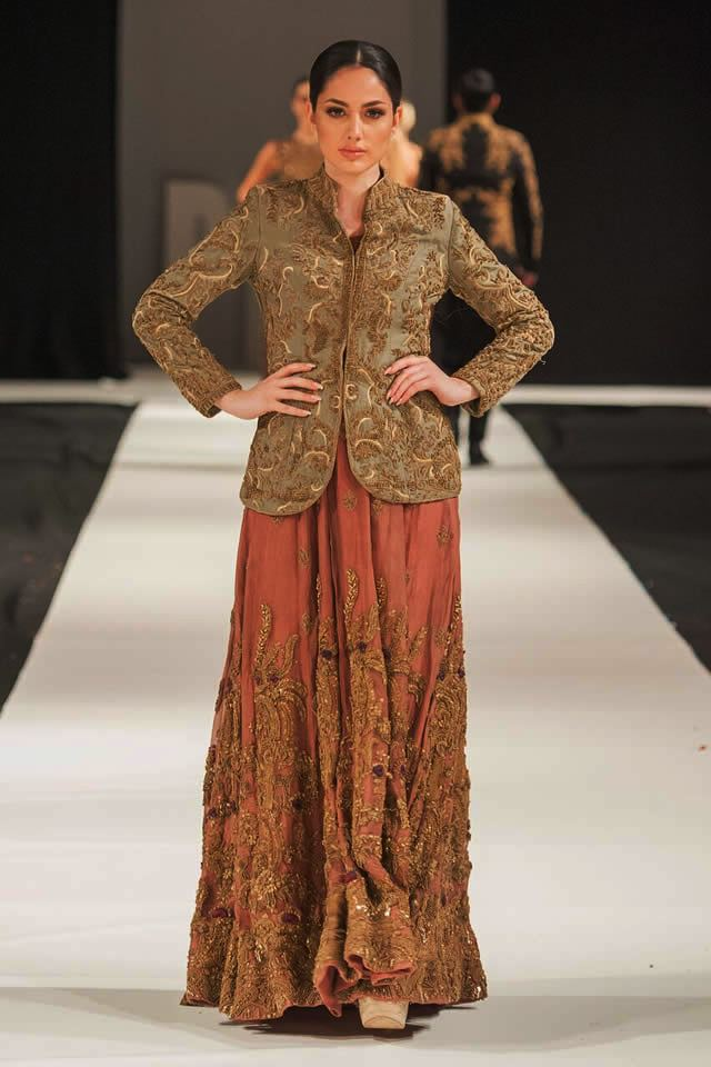 Mohabat Nama Collection at PFW London 2018 By HSY (5)