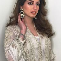 Iman Ali Famous Pakistani Actress Pictures with her Husband (10)