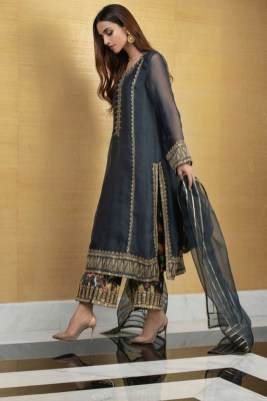 What is in Store Mina Hasan Creates A Collection With The Memories Of Noor Jehan (10)