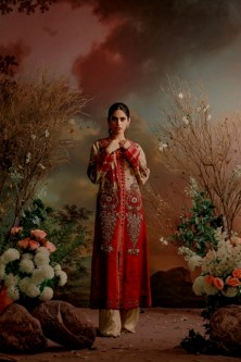 Old World Charm Brings Back With Latest Collection Guzel By Shamaeel Ansari (2)
