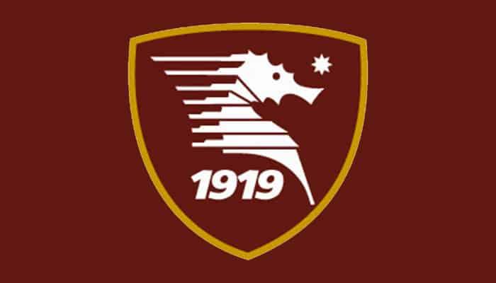Salernitana-Brescia, classico match di fine stagione. Partita ricca di gol, ma con uno stadio Arechi quasi deserto. La partita