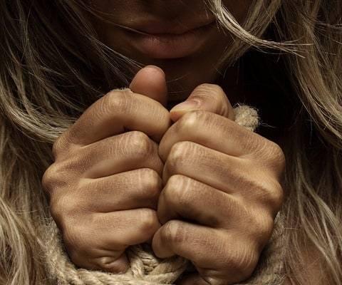 Ancora un caso di violenza sulle donne. A distanza di 48 ore dal caso di Procida, a Gragnano un'altra donna incinta è vittima di violenza.